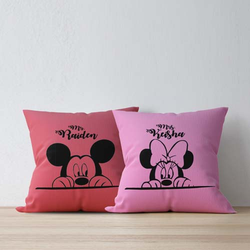 bantal couple micky mouse