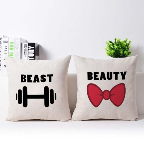 Kado couple untuk pernikahan tema beast and beauty