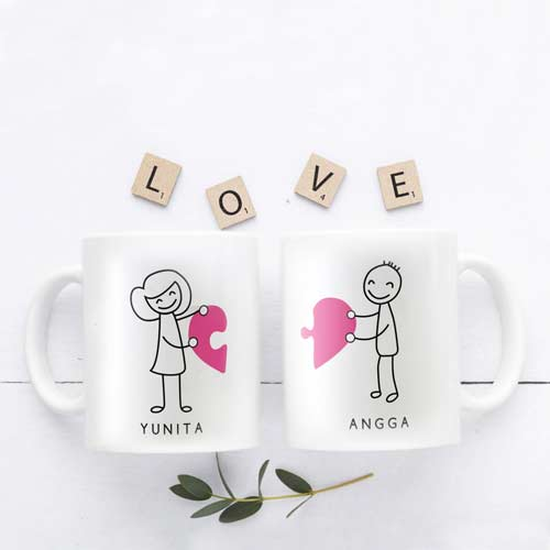 kado pernikahan unik mug couple tema puzzle
