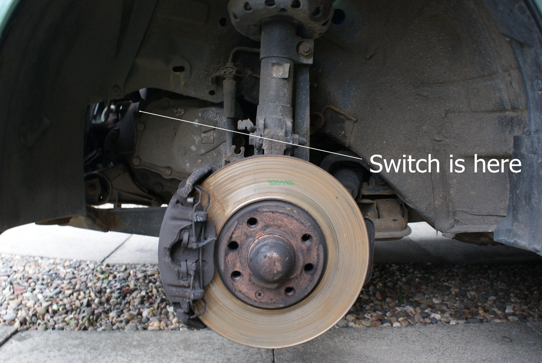 medium resolution of picture reverse light switch removal zafira maintenance picture vauxhall zafira b fuse box