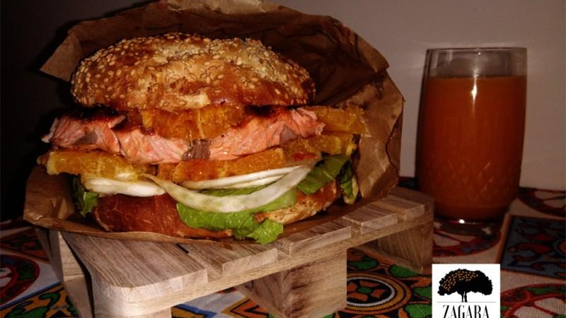 Panino con arancia e salmone