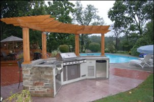 Outdoor Kitchen and Grill Islands