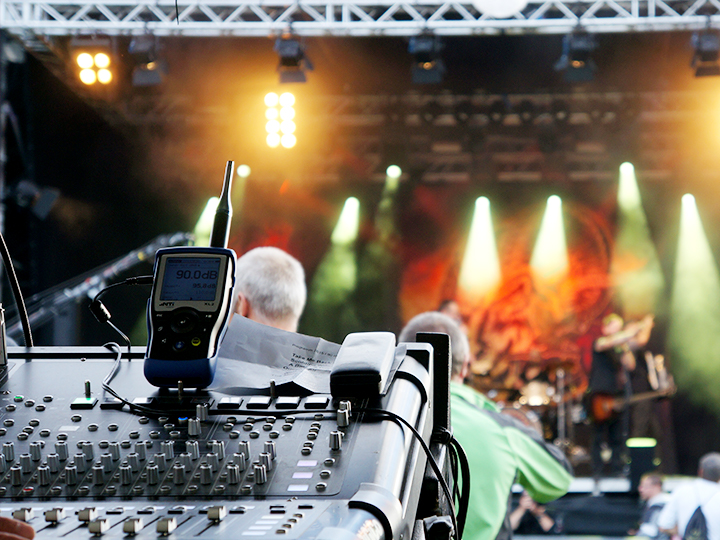 karussell-6-light-show-eventtechnik-zagidroen-720x540px
