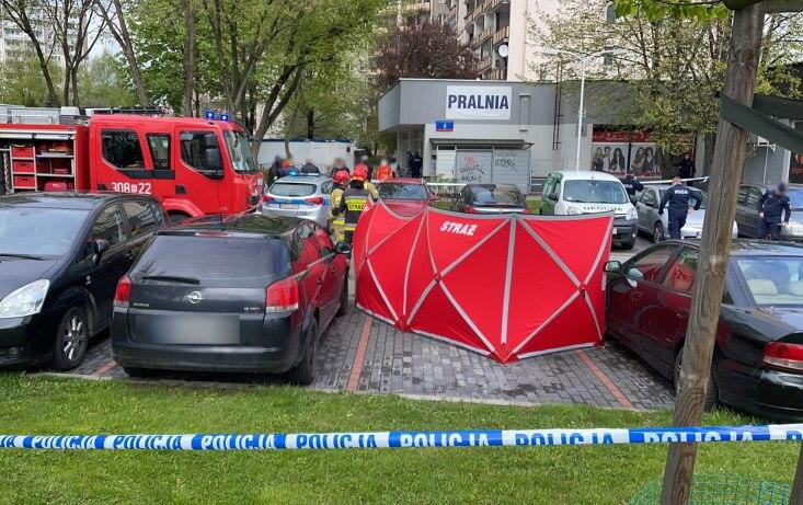 Warszawa- jedna osoba nie żyje, druga z poderżniętym gardłem