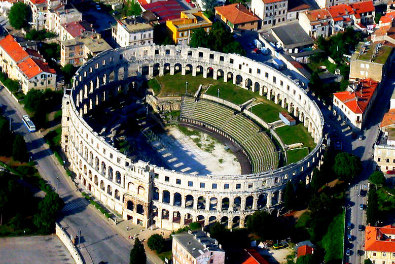 Day tour from Zagreb to Istria, Adriatic coast, Pula roman amphitheater