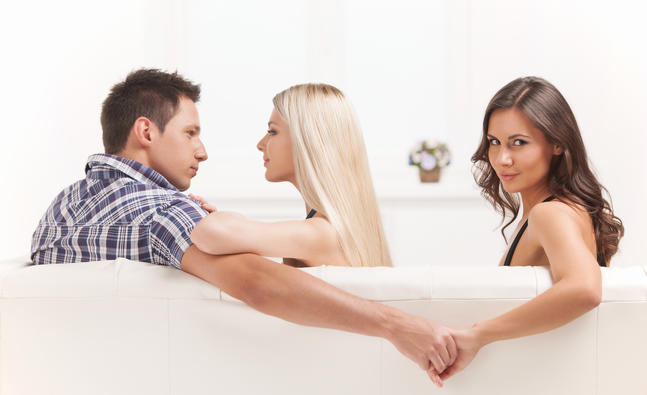 why-do-some-women-prefer-unavailable-men_detail