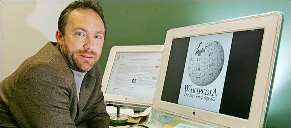 1/30/05-  Portraits of Jimmy Wales, president of Wikimedia Foundation, and founder of Wikipedia, at his office in St. Petersburg, FL.  DELIVER TO NYT 'CIRCUITS' PHOTO EDITOR       PHOTOS BY GARY BOGDON FOR THE NEW YORK TIMES