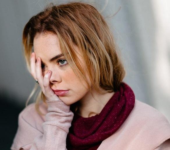 woman-annoyed