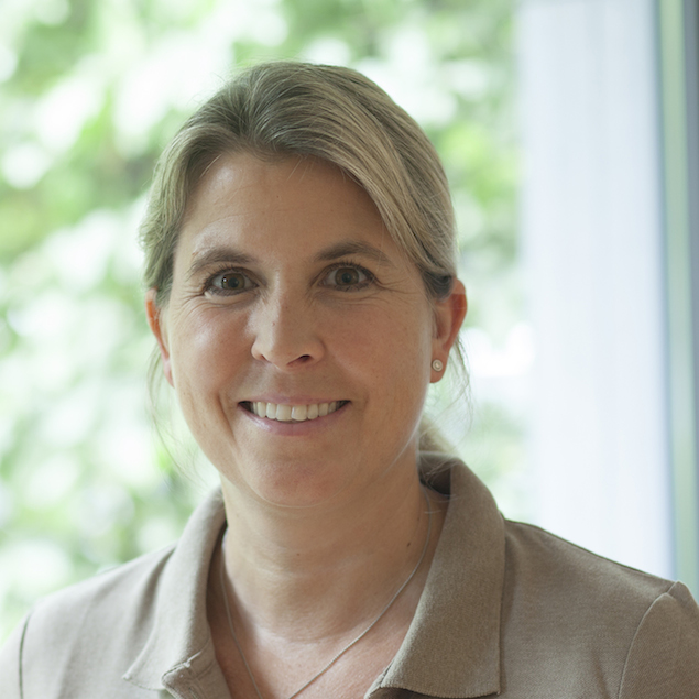 Frau Miriam Dillesberger