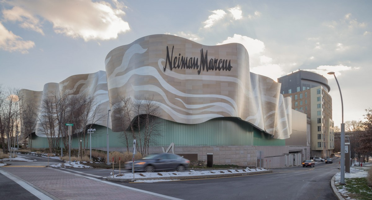 Building Dual-curved Facade With Pre-fabricated Panels