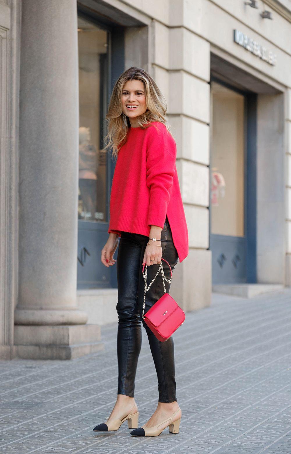 looks color rojo blusas