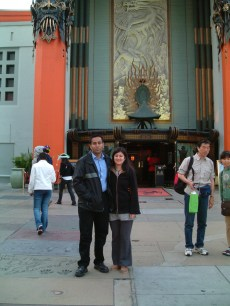 Los Angeles - Hollywood - Grauman's Chinese Theater - Us (2004.05.25)