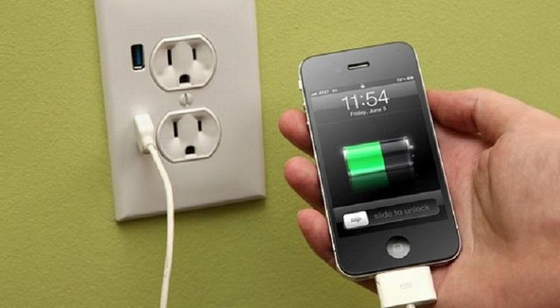 как да се зарежда батерията на телефона