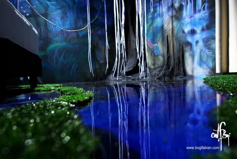 фосфоресциращи рисунки по стените