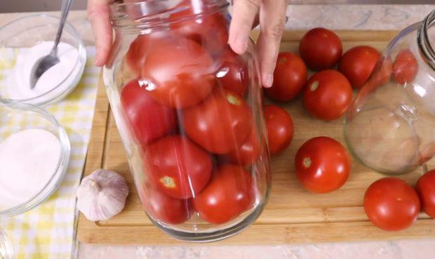 домати в буркани