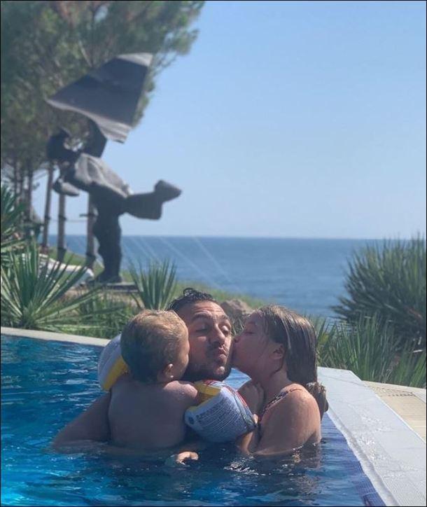 Константин с децата си