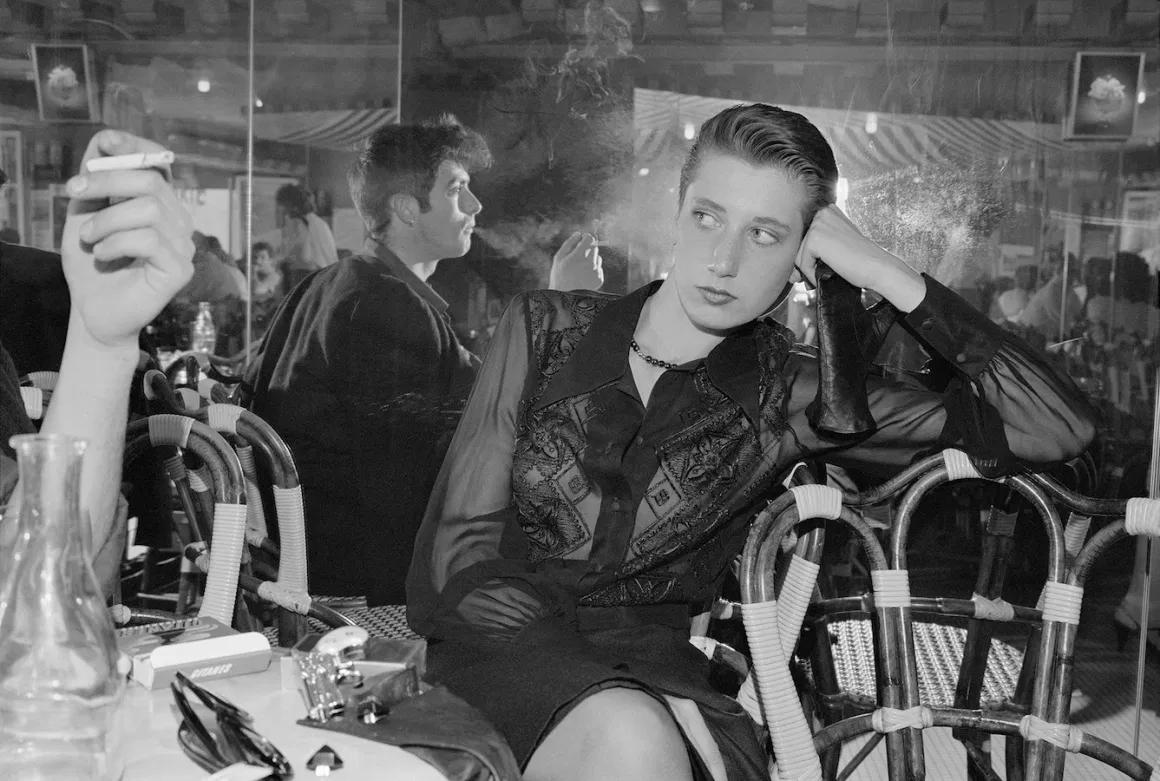 Sergio Purtell - Love's Labour Woman Cigarette