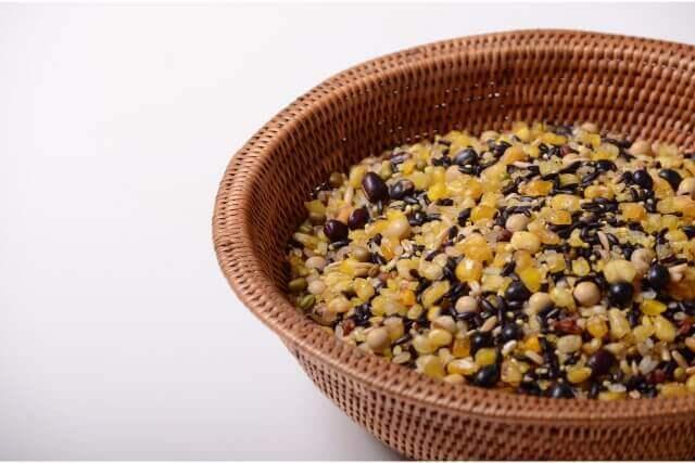 栄養満点な雑穀の生食はリスクあり