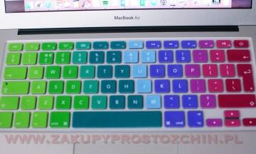 Tęczowa silikonowa nakładka na klawiaturę MacBook Air 13′