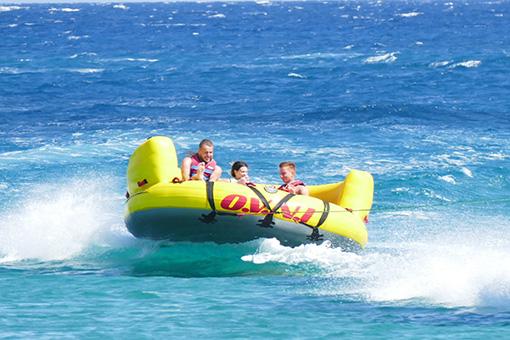 crazy sofa ride rattan and coffee table water sports st nicholas beach watersports vasilikos zakynthos