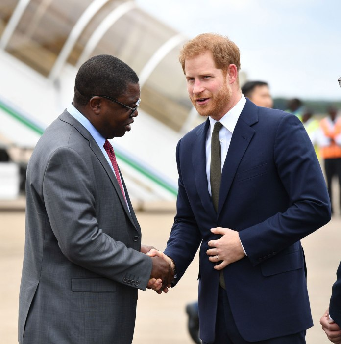 Prince Harry given warm welcome in Zambia