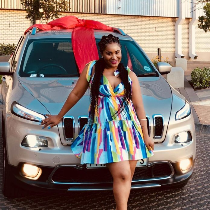 Keke Mphuthi shows off her new car