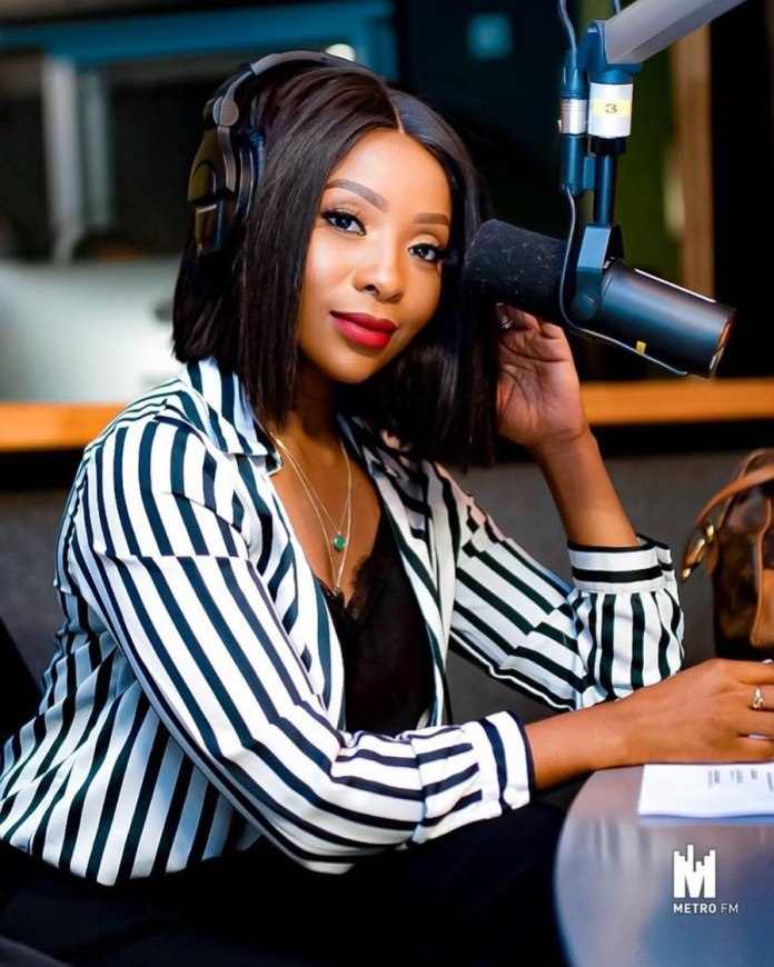 Mzansi Celebrities who are expecting Babies – Pictures