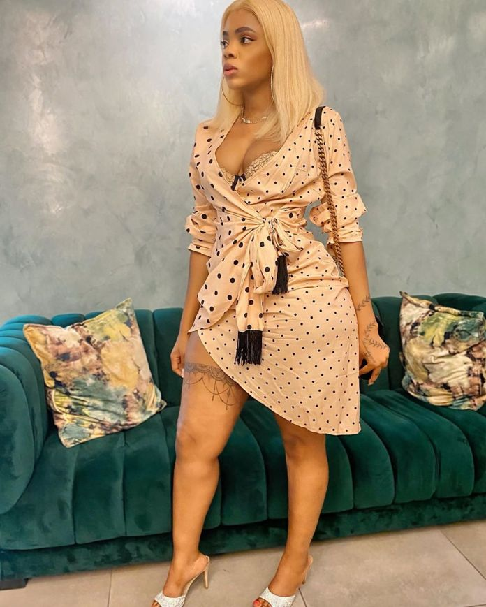 Video: Londie London finally shows off her lover