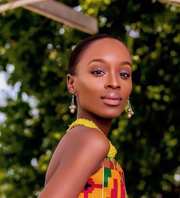 Nandi Madida sends support to her sister during the Covid-19 pandemic
