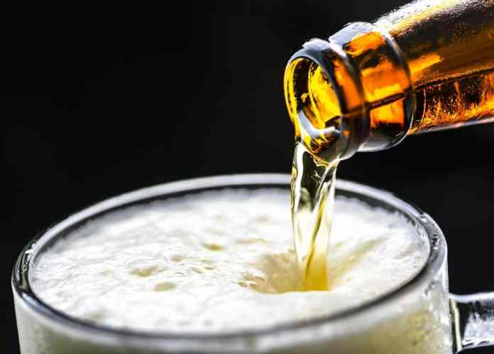 Drinking alcohol may protect brain health