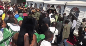 Video : Crowds disregard COVID-19 guidelines during commissioning of Flyover bridge