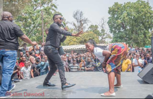 Highlights from artists performance celebrating Daev