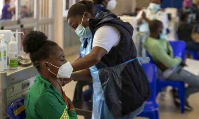 Frontline workers get the covid-19 jab