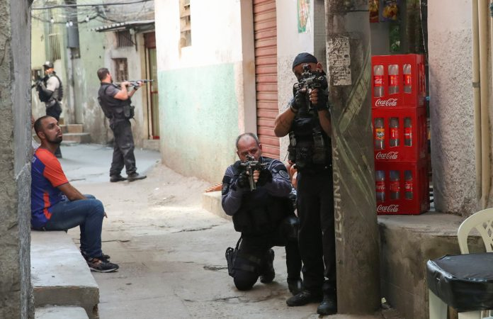 25 killed in drug traffickers and police shootout in Rio de Janeiro Brazil
