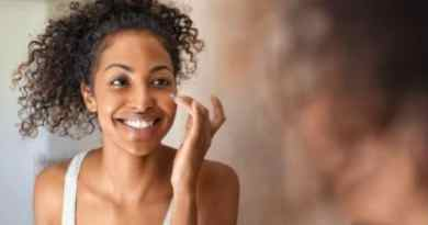 7 Easy Ways to Exfoliate your Skin Without a Scrub