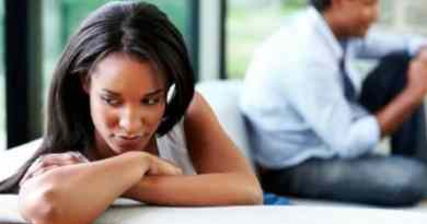 7 Signs of a Cheating Man in a Relationship