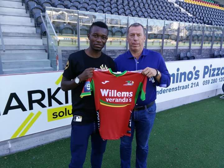 Emmanuel Banda signs for Belgian side