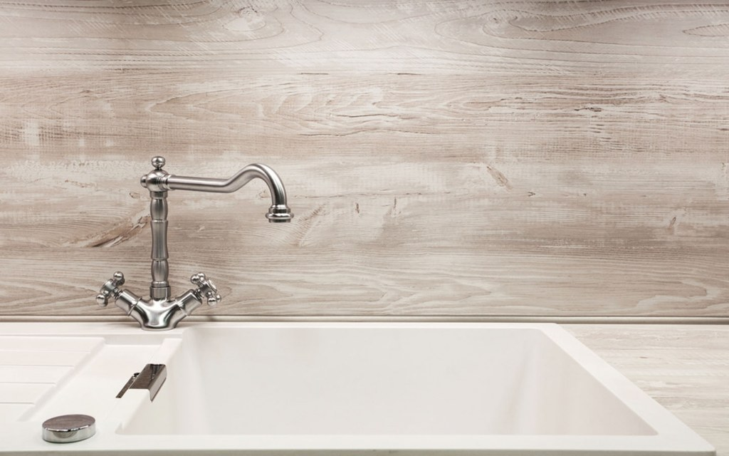types of kitchen faucets features