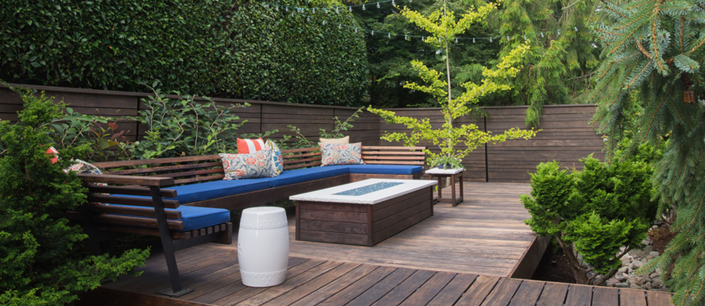 difference between patio balcony deck