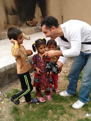 Kinder, die Arasch Zandieh auf seinen Reisen fotografiert. Hier 2016 im Iran.