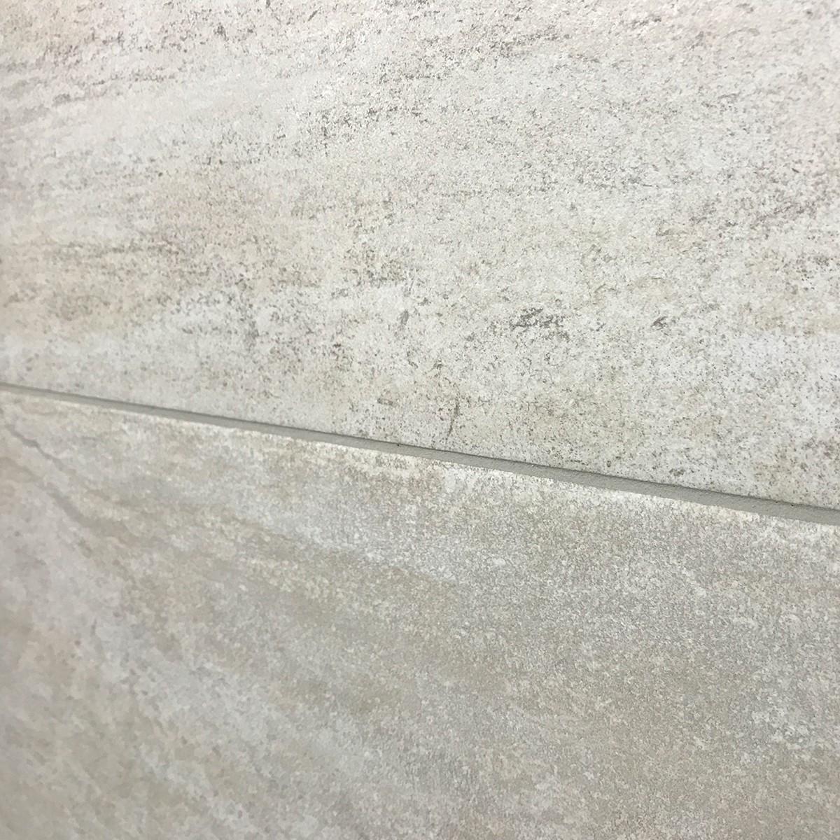 New Media piastrella da esterno in gres porcellanato