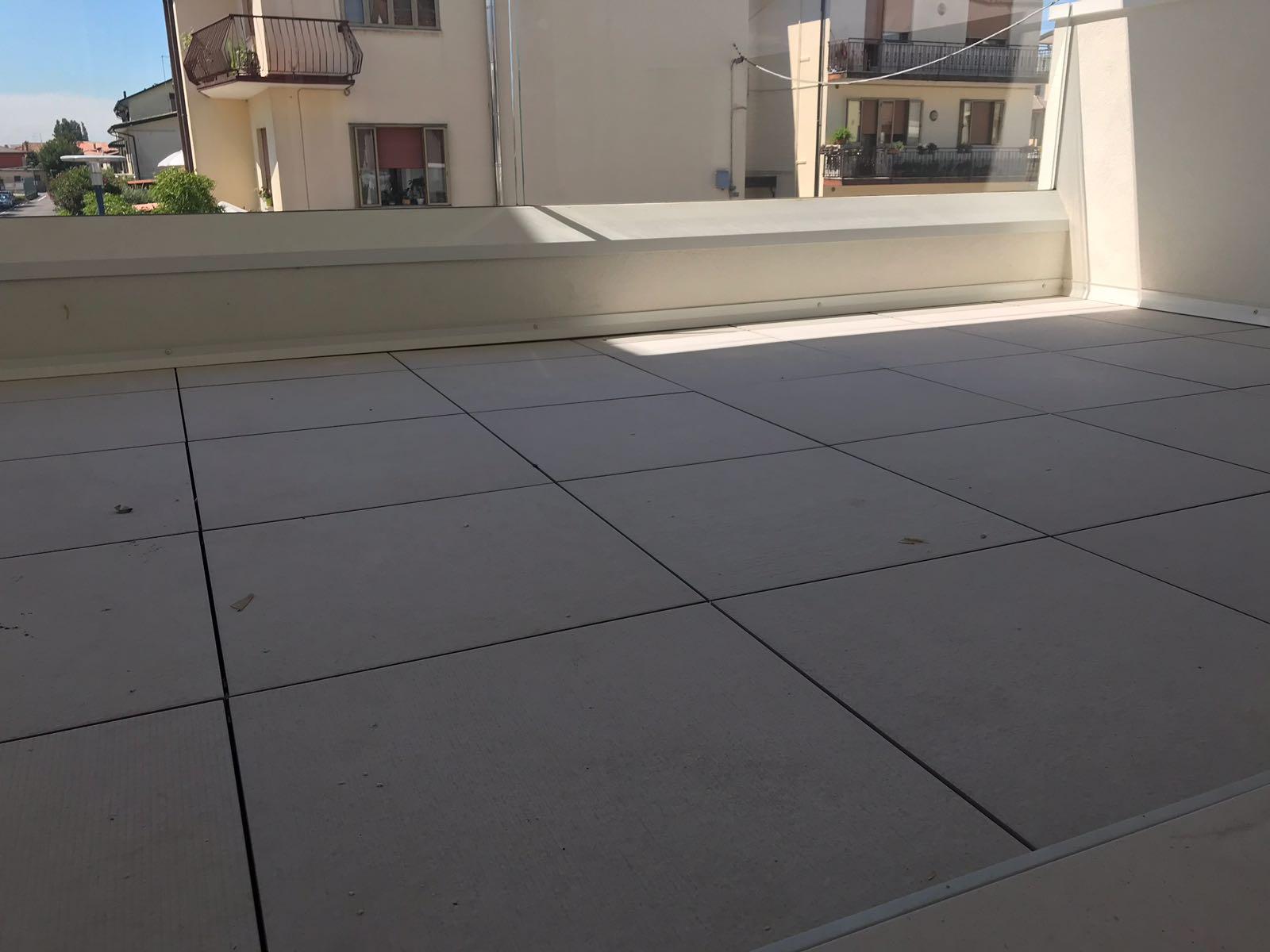 gres spessore 20mm per terrazzi esterni  Ceramiche