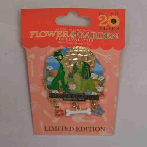 Garden Festival statue Pin