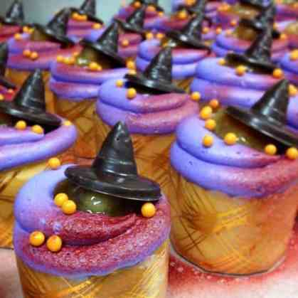 "Be Our Guest ""Poison"" Apple Cupcake"