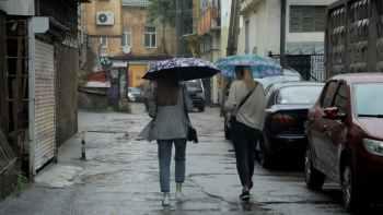 люди дождь