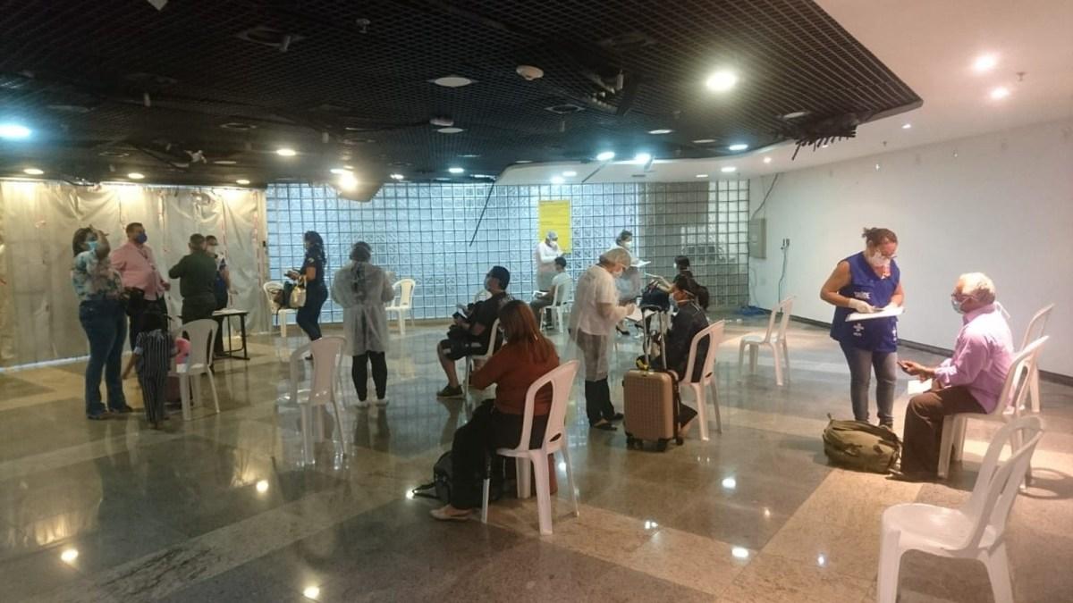 Chega a Belém voo com 52 passageiros vindos do Suriname