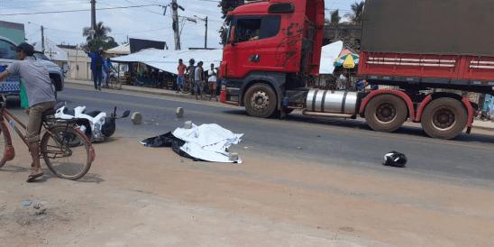 Fatalidade: Jovem morre após ultrapassagem incorreta e teve cabeça esmagado por carreta