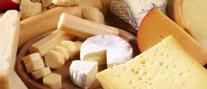 сыр при запоре