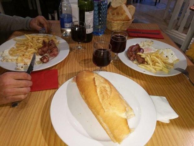 Almuerzo en Restaurante Monte- Lierde en Villanua