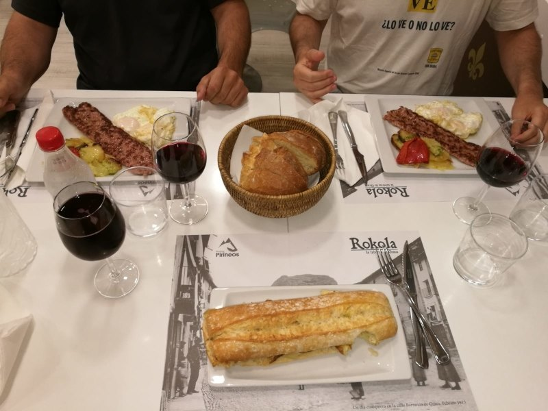 Almuerzo en Rokola